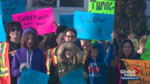 Southwest Edmonton students rally for improved road safety